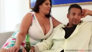 Household With Sofia Rose Bbw
