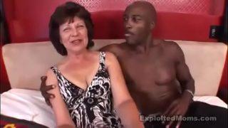 Bbc Fucking Sexy Huge Ass Brunette Grandmother
