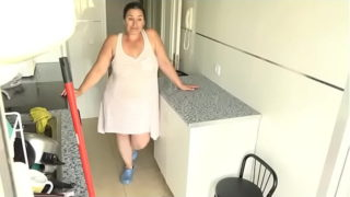 Η Chubby Mommy θέλει μια αξέχαστη εμπειρία με τους εφήβους φίλους της