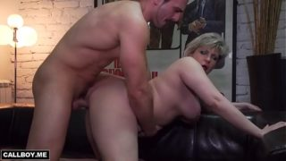 Housewife Milf Plays at Skin Sofa With a Student