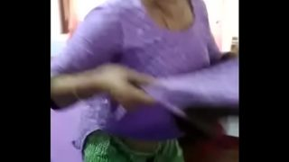 Hindi Auntie Mani Kaur Remove Clothes Front of Stepson