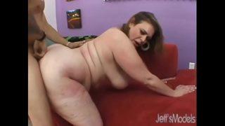 BBW Honey Exploiting Her Fleshy Body to Get a Guy Off